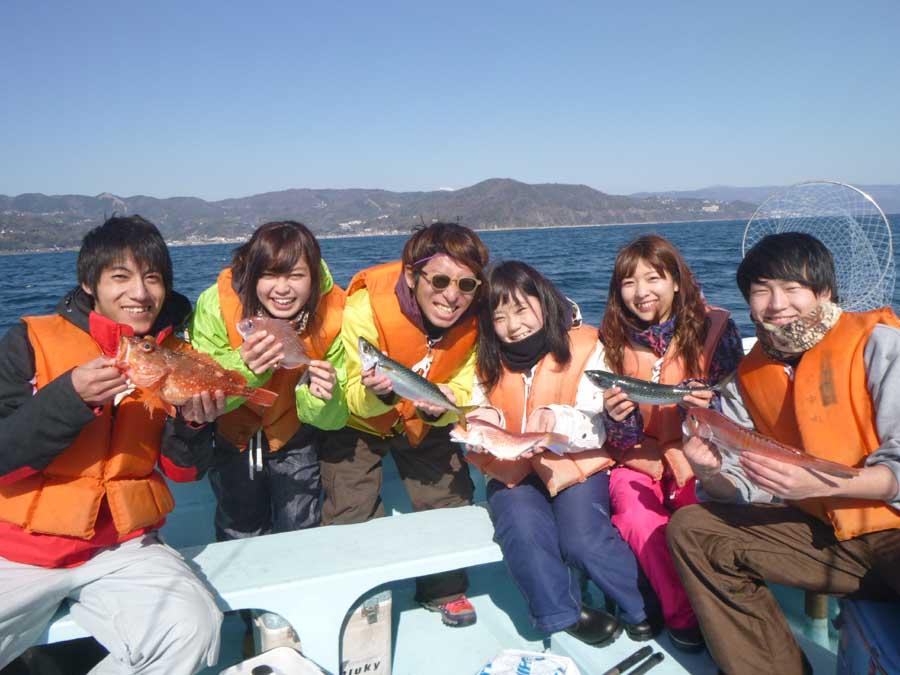 アマダイ、ハナダイ、イトヨリなどポツポツ釣れました
