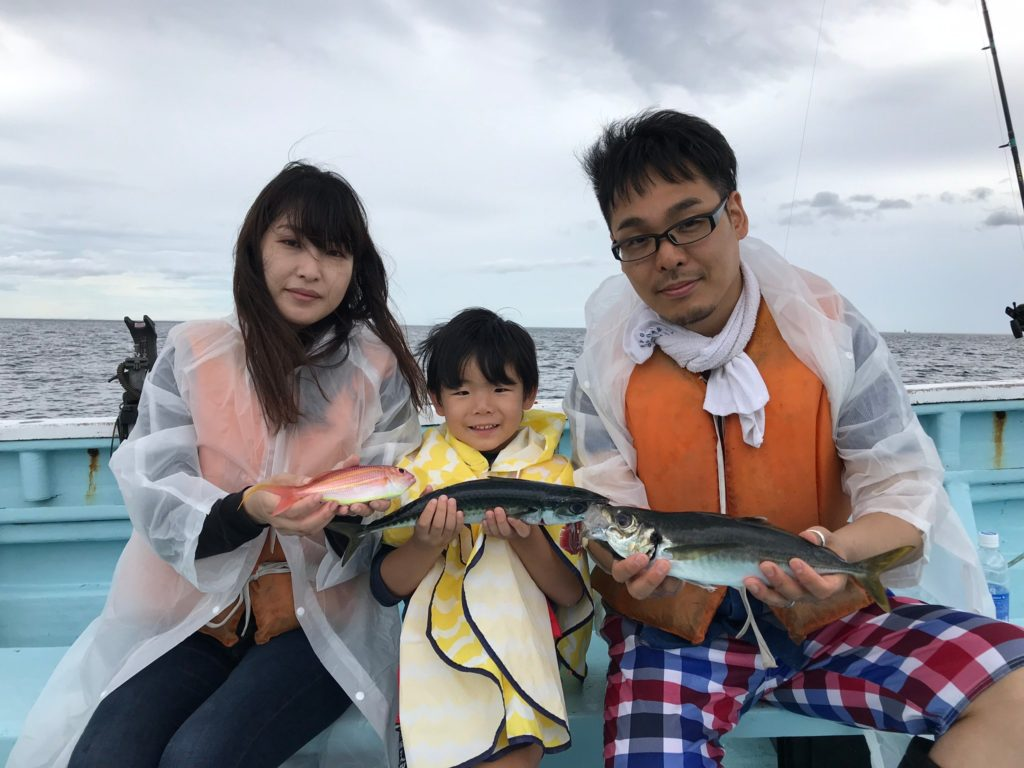 イトヨリ サバ アジ これから板八で食べます